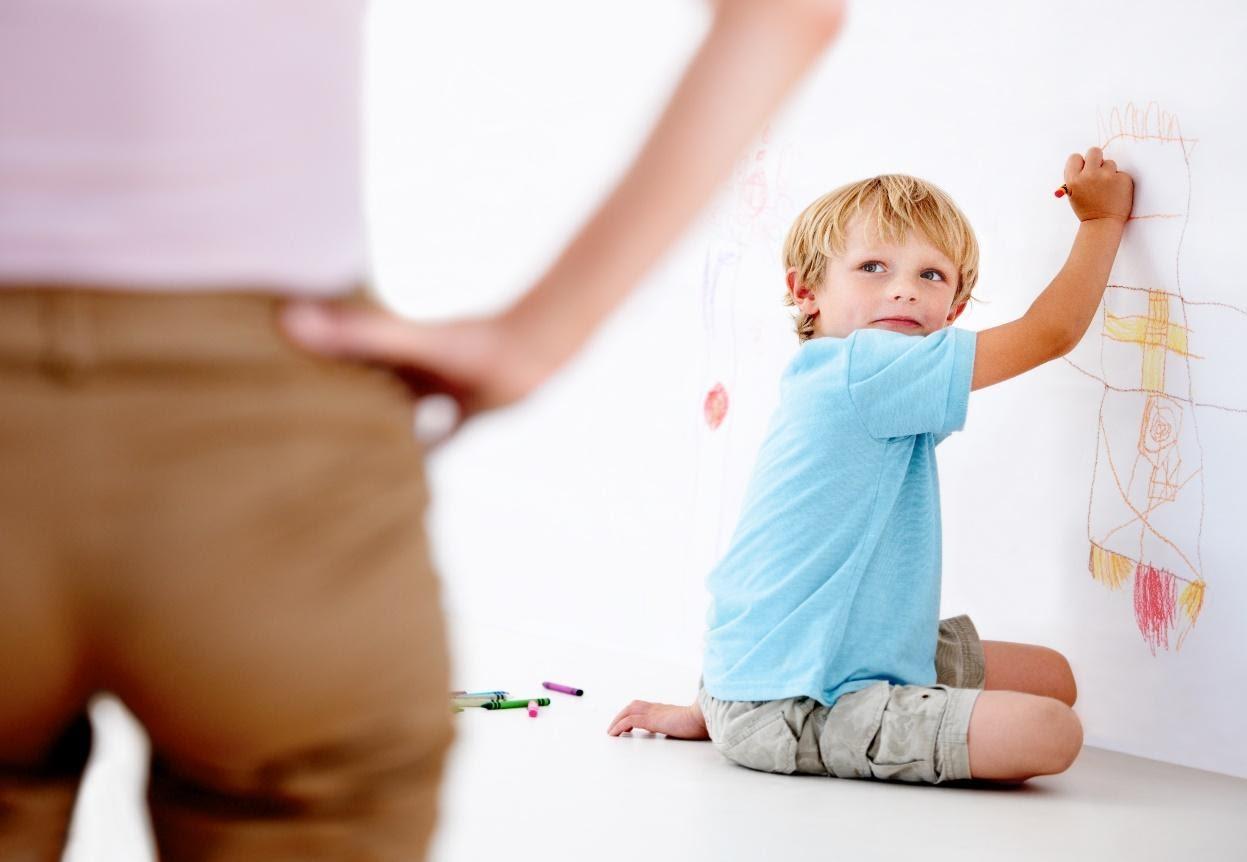 Signalen voor te strenge ouderschap
